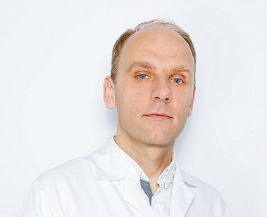Dermatolog Dominik Mocny