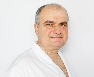 Ordynator Laryngolog Wojciech Czak